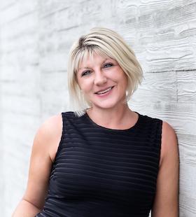 Kristi Hyson -HR-1